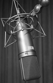 200px-Microphone_U87-1